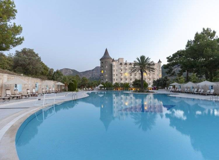 Castle Resort Spa Hotel