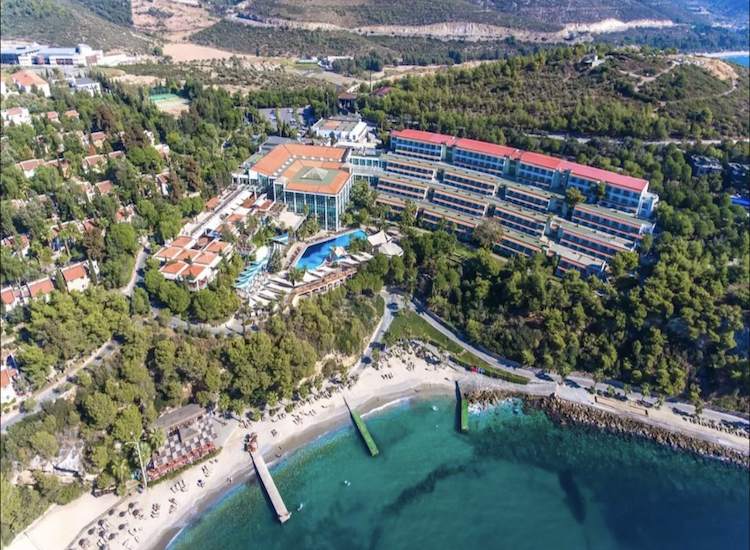 Pine Bay Holidays Resort 5*