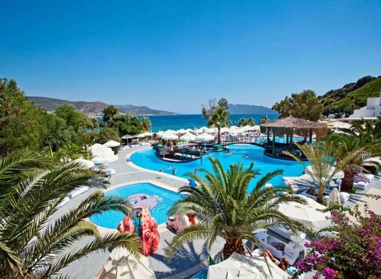 Salmakis Beach Resort & Spa 5*